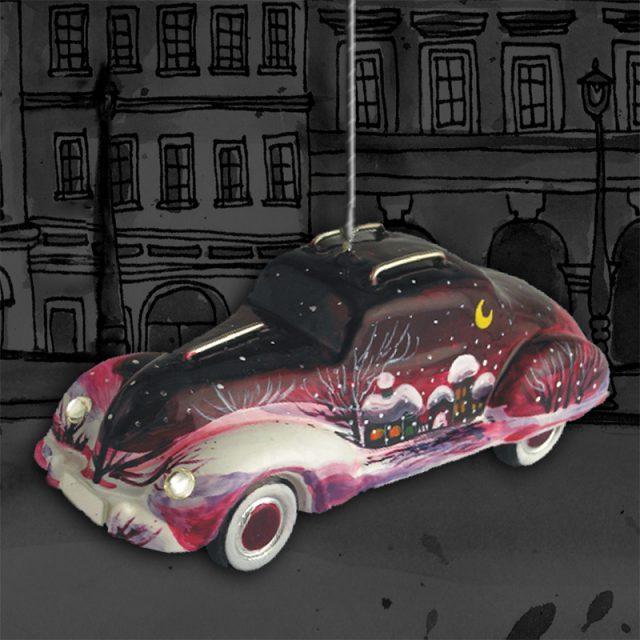 Автомобиль  фиолетовый с аэрографией